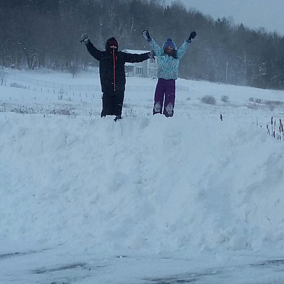 kids-winter-blizzard-2017